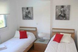 Спальня 3. Кипр, Дасуди Лимассол : Роскошный апартамент на берегу моря с 3-мя спальнями, расположен в комплексе с общим большим бассейном, детским бассейном и садом