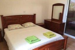 Спальня. Кипр, Пиргос : Прекрасная вилла с 3 спальнями, с бассейном, приватным двориком и барбекю