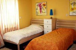 Спальня. Кипр, Св. Рафаэль Лимассол : Симпатичная вилла с 3-мя спальнями, с бассейном, тенистой террасой с патио и барбекю