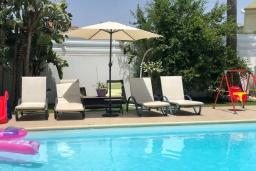 Кипр, Декелия - Пила : Очаровательная вилла с 4-мя спальнями, с бассейном и зелёным садом, расположена в Ларнаке для 11-ти гостей