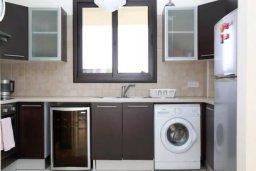 Кухня. Кипр, Декелия - Пила : Прекрасная вилла с 4-мя спальнями, с бассейном и двориком, расположена в Ларнаке для 8-ти гостей