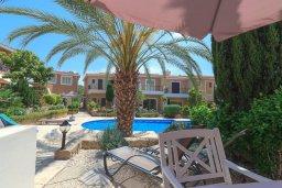 Терраса. Кипр, Айя Марина : Прекрасный таунхаус с 2 спальнями, террасой с патио, расположен в комплексе с бассейном