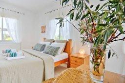 Спальня 2. Кипр, Полис город : Роскошный дом с 3-мя спальнями, с бассейном, зелёным садом с фруктовыми деревьями, с уютной террасой с патио и традиционным кипрским барбекю