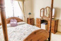 Спальня. Кипр, Св.Георг : Очаровательная вилла с 3 спальнями с для 6-ти гостей с бассейном и садом