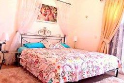 Спальня. Кипр, Лачи : Потрясающая вилла с 3-мя спальнями, с бассейном, красивым ландшафтным садом, тенистой террасой с патио и барбекю