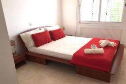 Спальня 3. Кипр, Пейя : Роскошная вилла с видом на Средиземное море, с 5-ю спальнями, с бассейном, уютной тенистой террасой с патио и барбекю, с настольным теннисом и бильярдом