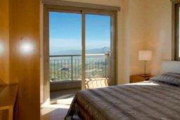 Спальня. Кипр, Друсхия : Роскошная вилла с видом на море, с 4-мя спальнями, с бассейном, сауной и джакузи, расположена на краю красивого национального парка Akamas