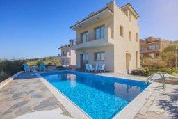 Фасад дома. Кипр, Друсхия : Роскошная вилла с видом на море, с 4-мя спальнями, с бассейном, сауной и джакузи, расположена на краю красивого национального парка Akamas