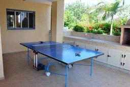 Развлечения и отдых на вилле. Кипр, Лачи : Прекрасная вилла с 3-мя спальнями, с бассейном, красивым ландшафтным садом, тенистой террасой с патио и барбекю