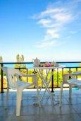 Вид на море. Кипр, Аргака : Чудесная вилла с потрясающим видом на Средиземное море и горы, с 3-мя спальнями, с бассейном, тенистой террасой с патио и барбекю, расположена в нетронутой зоне Argaka