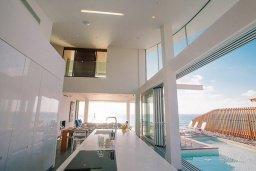 Кухня. Кипр, Помос : Замечательная вилла с 4-мя спальнями, с бассейном и двориком для 10-ти гостей