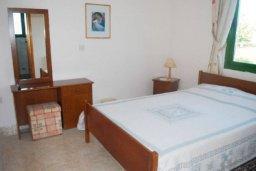 Спальня. Кипр, Катикас : Прекрасная квартира с 2 спальнями для 5-х гостей в комплексе с бассейном и садом