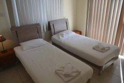 Спальня 2. Кипр, Нисси Бич : Современная вилла с бассейном и приватным двориком с барбекю, просторная гостиная, 2 спальни, парковка, Wi-Fi