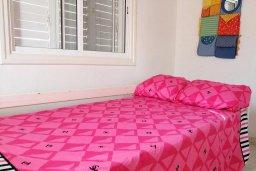 Спальня 2. Кипр, Менеу : Прекрасная пляжная вилла с двориком и видом на море, 2 спальни, барбекю, Wi-Fi