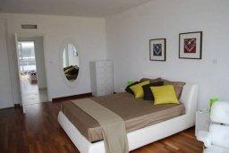 Спальня. Кипр, Декелия - Пила : Современная пляжная вилла с бассейном и террасой с видом на море, 3 спальни, парковка, Wi-Fi