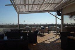 Mare Lounch Bar Restaurant  в Ларнаке
