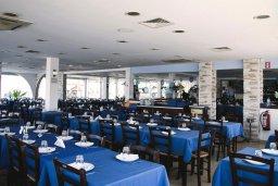 Zephyros Fish Tavern в Ларнаке