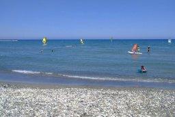 Пляж Морского клуба Ларнаки в Ларнаке