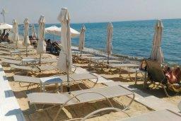 Пляж Бич Хауз в Ларнаке
