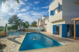 Фасад дома. Кипр, Ионион - Айя Текла : Очаровательная вилла с 3-мя спальнями, с бассейном, приватным двориком, патио и барбекю