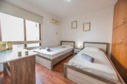 Спальня 2. Кипр, Центр Айя Напы : Современный апартамент в центре Ай-Напы, с гостиной, двумя спальнями и балконом