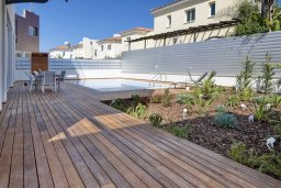 Территория. Кипр, Пернера Тринити : Современная вилла с видом на Средиземное море, с 3-мя спальнями, с бассейном, солнечной террасой на крыше с джакузи, расположена около пляжа Trinity Beach