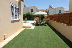 Территория. Кипр, Нисси Бич : Прекрасная вилла с 2-мя спальнями, бассейном, солнечной террасой с патио, расположена недалеко от знаменитого пляжа Nissi Beach