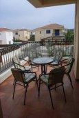 Балкон. Кипр, Пернера : Уютная вилла с 3-мя спальнями, 2-мя ванными комнатами, бассейном, барбекю, расположена в 150 метрах от пляжа Sirena Bay Beach