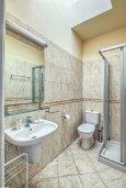 Ванная комната 2. Кипр, Гермасойя Лимассол : Таунхаус в комплексе с бассейном, с гостиной, двумя спальнями, двумя ванными комнатами и балконом