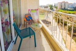 Балкон. Кипр, Гермасойя Лимассол : Уютная студия в комплексе с бассейном и теннисным кортом