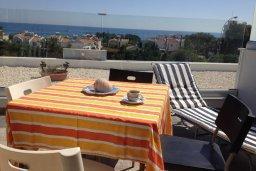 Балкон. Кипр, Каво Марис Протарас : Апартамент с гостиной, двумя спальнями и большим балконом с видом на море
