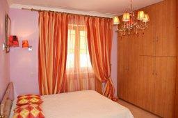 Спальня 2. Кипр, Нисси Бич : Вилла в комплексе с бассейном, 4 спальни, 2 ванные комнаты, парковка, Wi-Fi