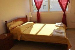 Спальня 2. Кипр, Каппарис : Прекрасная вилла с бассейном и двориком с барбекю, 3 спальни, 2 ванные комнаты, парковка, Wi-Fi