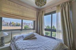 Спальня. Кипр, Пареклисия : Современная вилла с бассейном и двориком с барбекю, 4 спальни, 3 ванные комнаты, патио, парковка, Wi-Fi