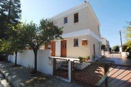Фасад дома. Кипр, Декелия - Пила : Двухэтажный дом с приватным двориком, 3 спальни, 2 ванные комнаты, барбекю, парковка, Wi-Fi