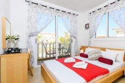 Спальня. Кипр, Нисси Бич : Великолепная вилла с зелёным двориком и барбекю, с 3 спальнями, расположена в знаменитом районе Nissi в Айя-Напе