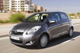 Toyota Yaris 1.3 автомат : Кипр