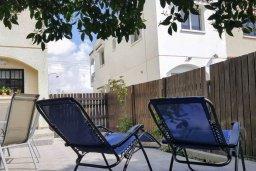 Терраса. Кипр, Декелия - Ороклини : Уютная вилла в 200 метрах от пляжа с приватным двориком, 2 спальни, 2 ванные комнаты, парковка, Wi-Fi
