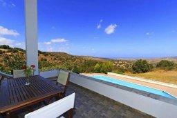 Балкон. Кипр, Друсхия : Прекрасная вилла с бассейном и приватным двориком, 3 спальни, 3 ванные комнаты, парковка, Wi-Fi