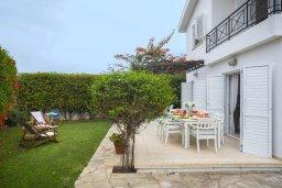 Терраса. Кипр, Каво Марис Протарас : Уютная вилла с 2-мя спальнями, зелёным садом, солнечной террасой с патио и барбекю