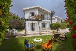 Фасад дома. Кипр, Каво Марис Протарас : Уютная вилла с 2-мя спальнями, зелёным садом, солнечной террасой с патио и барбекю