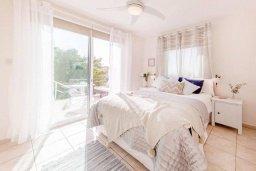 Спальня 2. Кипр, Пейя : Прекрасная вилла с видом на побережье, с 4-мя спальнями, 2-мя ванными комнатами, с бассейном и джакузи, патио и барбекю