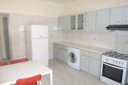 Кухня. Кипр, Лачи : Домик с гостиной, двумя спальнями, двумя ванными комнатами, Wi-Fi