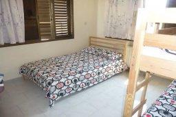 Спальня. Кипр, Лачи : Домик с гостиной, двумя спальнями, двумя ванными комнатами, Wi-Fi