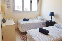 Спальня 2. Кипр, Ларнака город : Апартамент с гостиной, двумя спальнями и большим балконом с видом на море