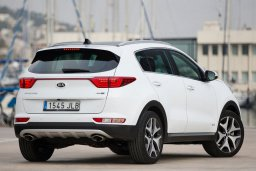 Kia Sportage 4WD 2.0 автомат : Кипр