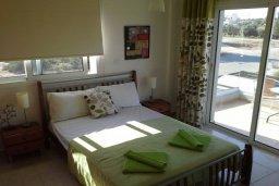 Спальня 3. Кипр, Центр Айя Напы : Прекрасная вилла с 4-мя спальнями, 2-мя ванными комнатами, с бассейном, тенистой террасой с патио и барбекю, расположена в тихом районе Kokkines