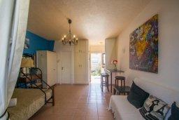 Студия (гостиная+кухня). Кипр, Нисси Бич : Уютная студия с кондиционером и балконом