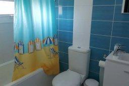 Ванная комната. Кипр, Пернера Тринити : Уютная вилла с бассейном и двориком с барбекю, 2 спальни, 2 ванные комнаты, парковка, Wi-Fi