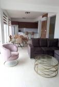 Гостиная. Кипр, Киссонерга : Роскошная вилла с бассейном и зеленым двориком с барбекю, 4 спальни, 4 ванные комнаты, джакузи, парковка, Wi-Fi